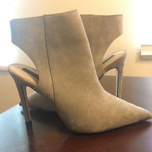 Zara pointed toe booties